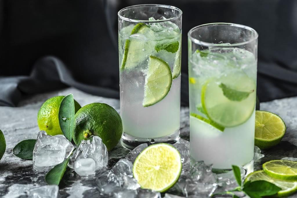 Fa bene bere acqua e limone?