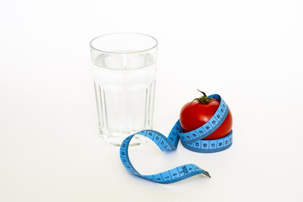Perché bere tanta acqua per stare bene ed elimniare la cellulite