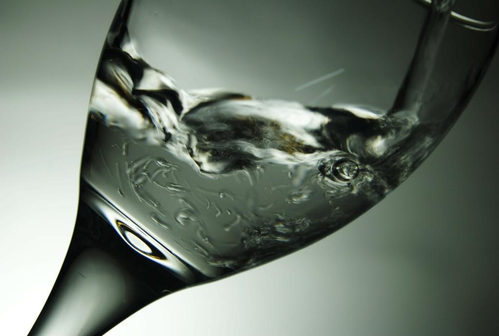 Come scegliere acqua oligominerale: componenti e caratteristiche