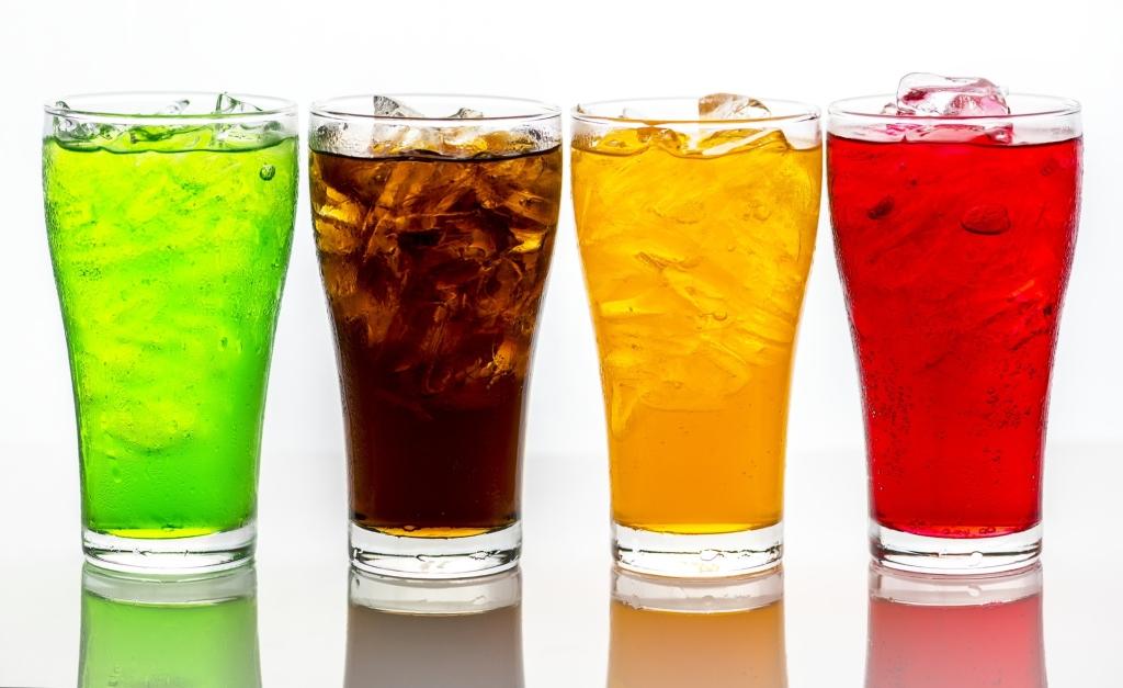 Le bevande gassare fanno male?