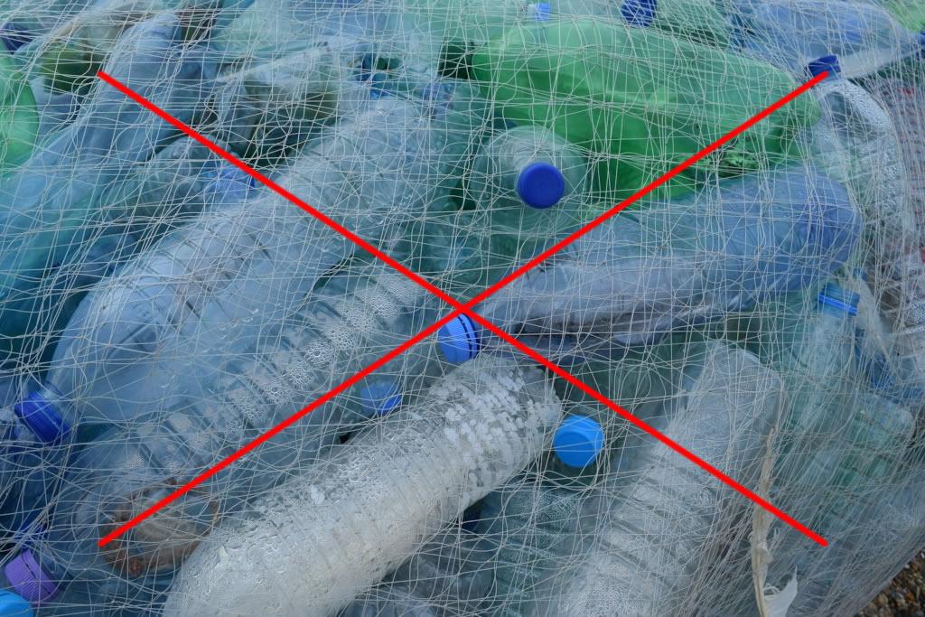 Come ridurre i rifiuti di plastica e le regole da seguire